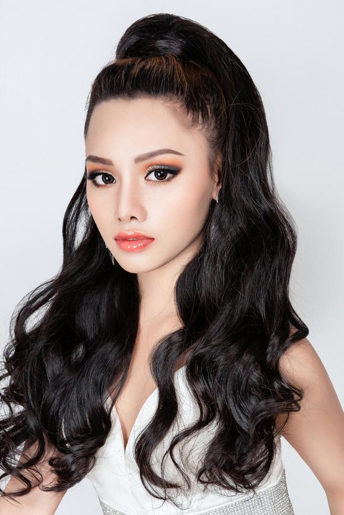 Trang điểm Thái Lan cho cô dâu chuộng nét sắc sảo