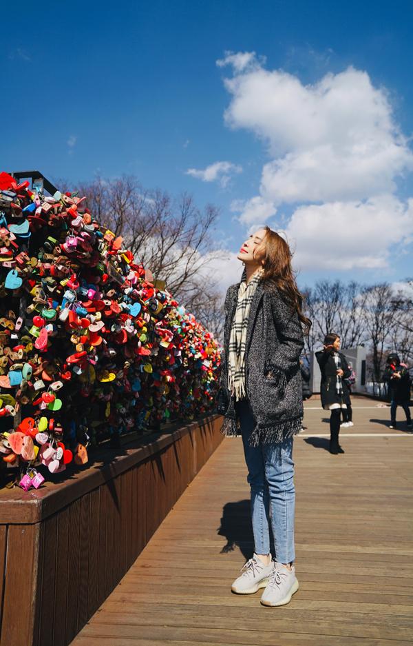 Sau ly hôn, Quỳnh Nga thường xuyên đi du lịch để lấy lại sự cân bằng tinh thần.