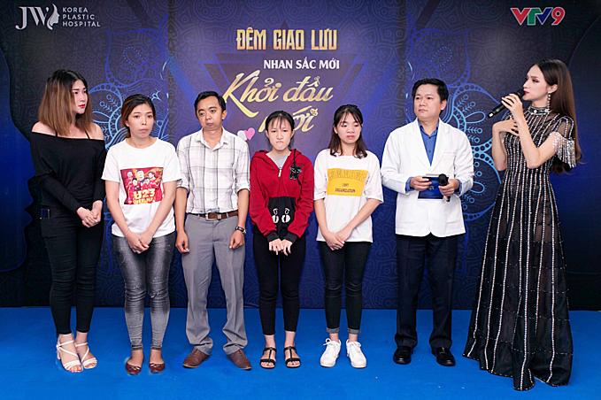 Hoa Hậu Hương Giang với vai trò giám khảo trong mùa đầu tiên để lại nhiều ấn tượng đẹp.