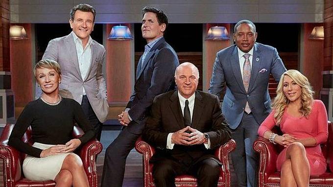 Bộ sáu giám khảo quyền lực của Shark Tank Mỹ. Ảnh:Patrick Ecclesine.