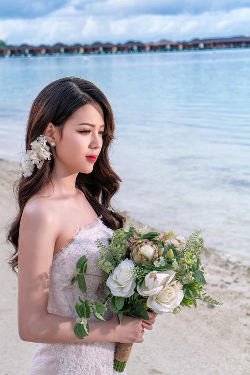 Còn ở trong mắt Đức Linh, điểm thu hút của cô dâu 9X là sự hồn nhiên.