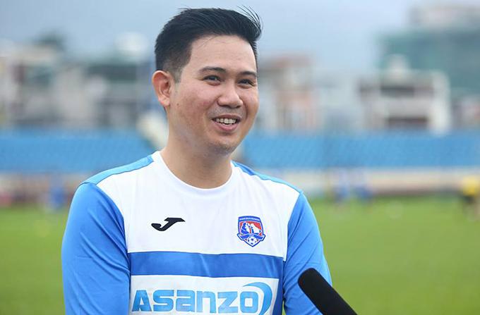 Bầu Tam đầu tư mạnh tay vào CLB Than Quảng Ninh vì tình yêu quê hương.