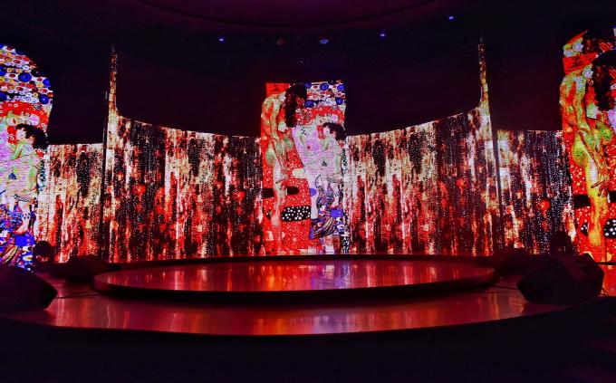 Chung Thanh Phong tổ chức show thời trang ánh sáng Wonder - 1