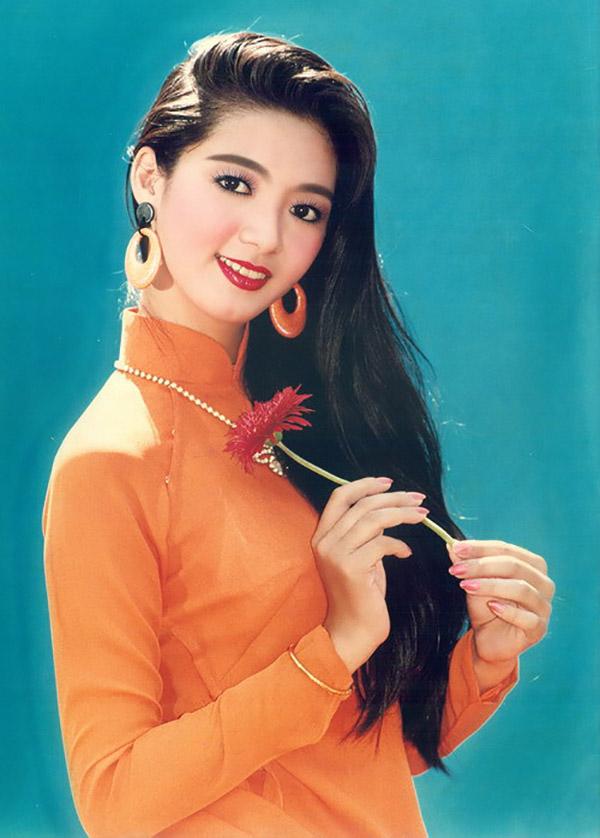 Hoa hậu Điện ảnh Thanh Xuân thuở còn đôi mươi.