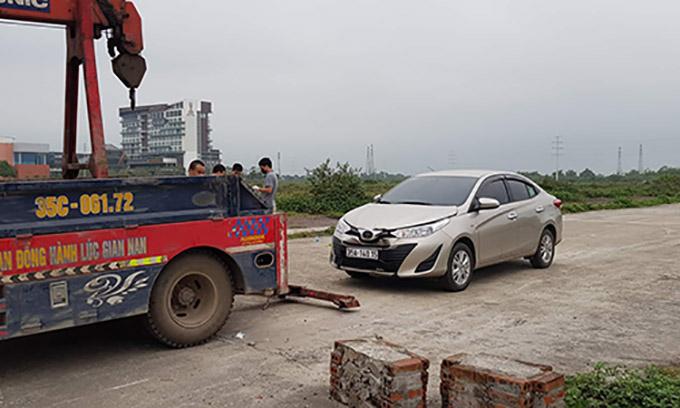 Chiếc ôtô 4 chỗ nghi phạm bỏ lại hiện trường trước khi sát hại bạn gái.
