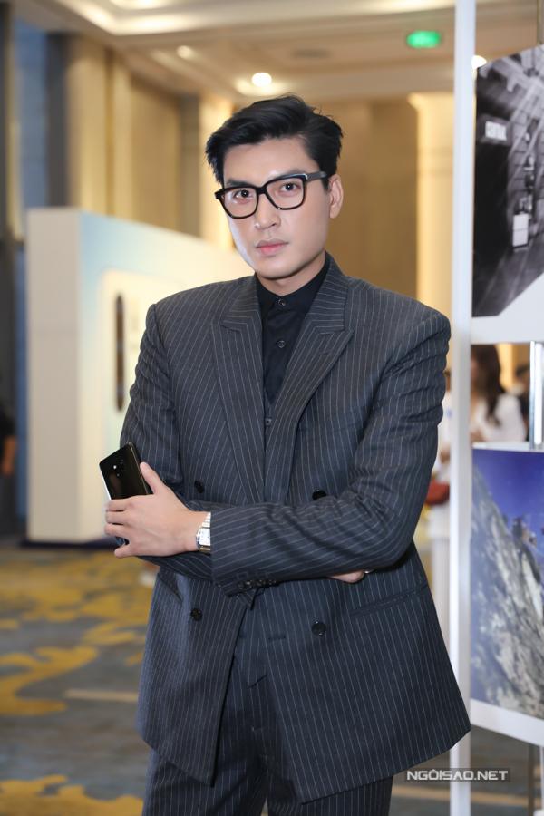 Người mẫu Quang Đại luôn chỉn chu, lịch lãm khi xuất hiện trước công chúng.