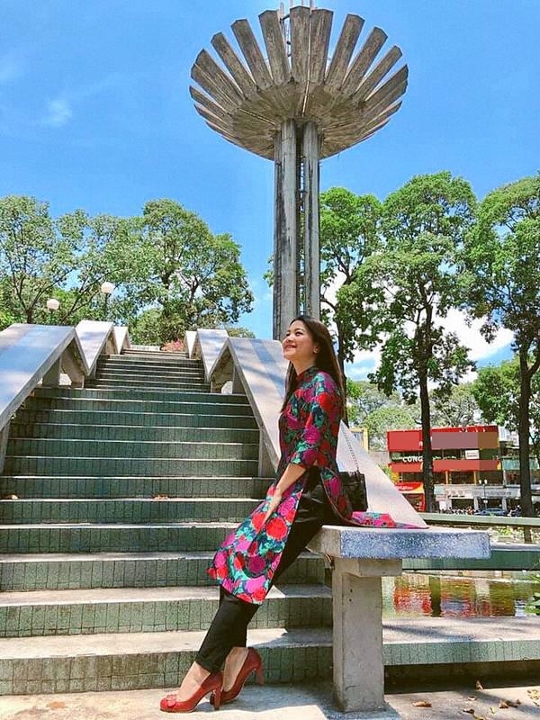 Diễn viên Kim Ngân về Việt nam thăm gia đình vào cuối tháng 3 vừa qua.