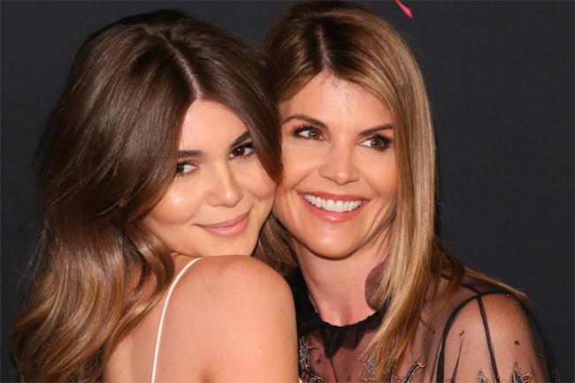 Lori Loughlin bên con gái thứ hai, Olivia Jade.