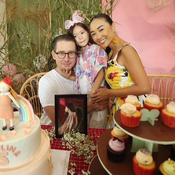 Vợ chồng Đoan Trang mở tiệc mừng con gái tròn 5 tuổi - 1