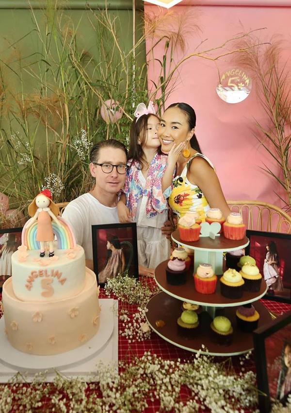 Vợ chồng Đoan Trang mở tiệc mừng con gái tròn 5 tuổi - 2