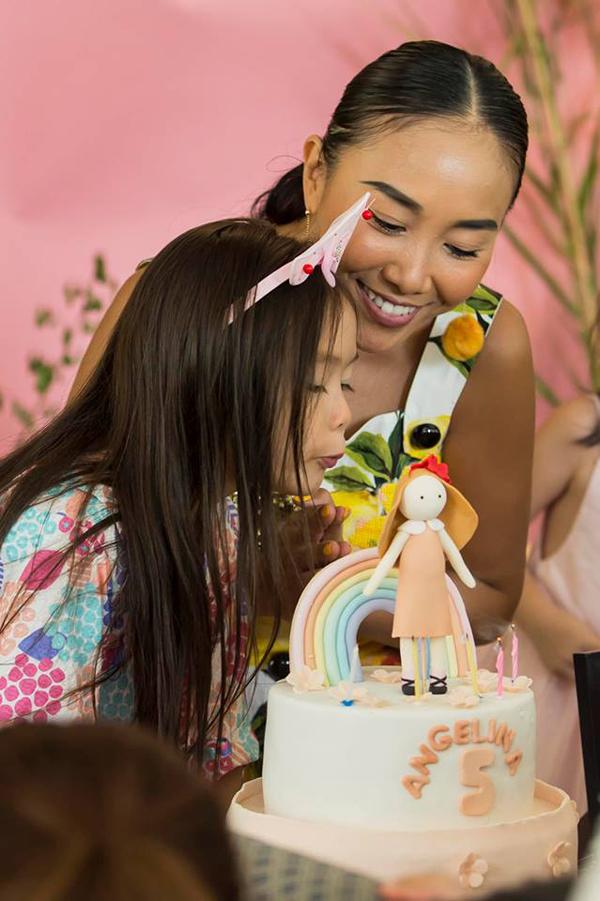 Vợ chồng Đoan Trang mở tiệc mừng con gái tròn 5 tuổi - 7