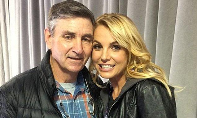 Bố Britney Spears đồng thời là người quản lý tài chính, giám hộ cho nữ ca sĩ từ năm 2008.