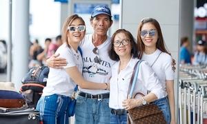 Cả nhà Á hậu Lệ Hằng mặc ton sur ton ra sân bay