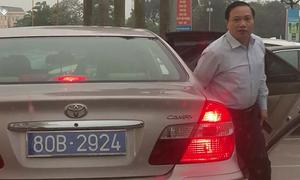 Phó bí thư Ninh Bình dùng xe công có hai biển số