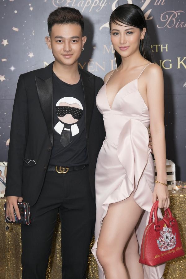 Em trai Phương Khánh diện cây hàng hiệu bên chị.