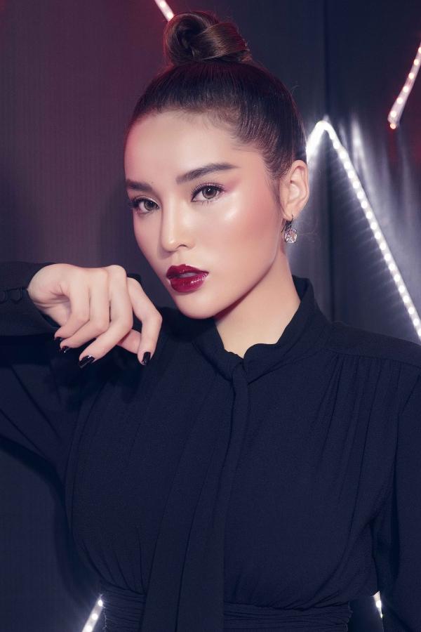 Hoa hậu Kỳ Duyên dát hàng hiệu dự event - 3