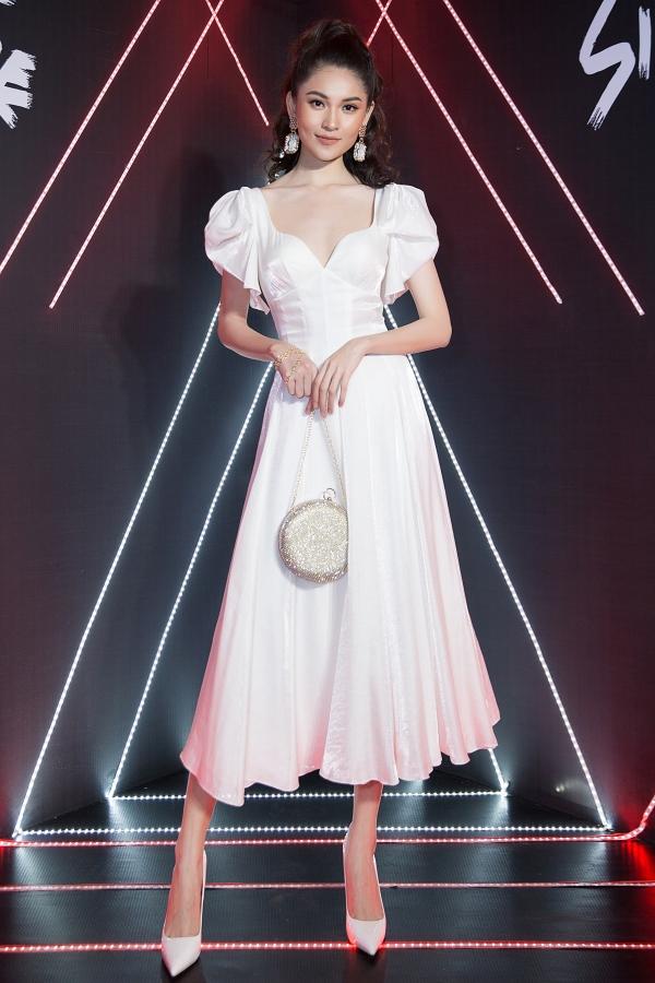 Hoa hậu Kỳ Duyên dát hàng hiệu dự event - 7