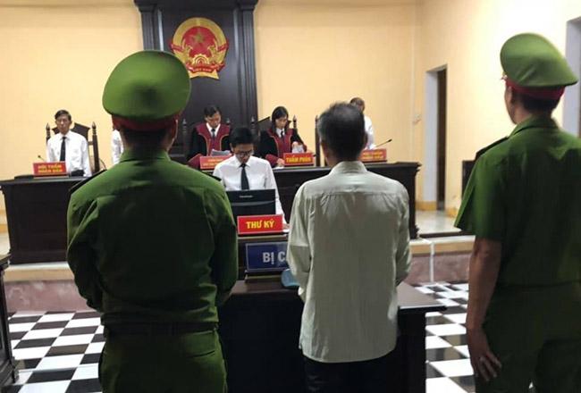 Bị cáo Nguyễn Quang Chung tại tòa sơ thẩm: Ảnh: Nghi Xuân.