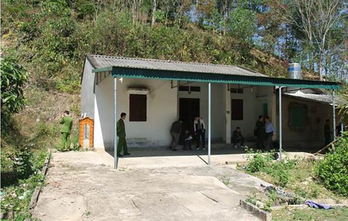 Căn nhà hoang ở xã Thanh Nưa,Điện Biên, nơi phát hiện thi thể nữ sinh hôm 6/2. Ảnh: Công an Điện Biên.