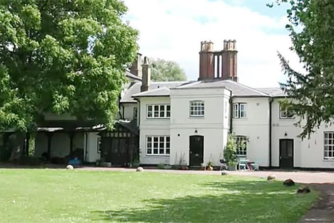 Dinh thự Frogmore Cottage trước khi cải tạo. Ảnh: UK Press.