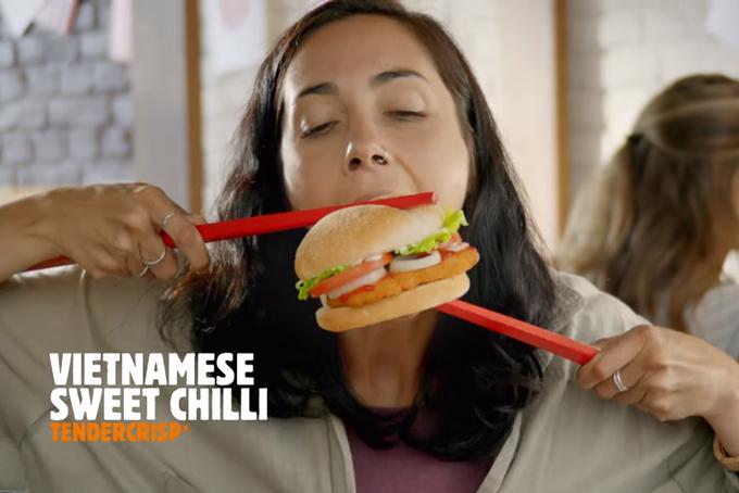 Hình ảnh cắt ra từ clip quảng cáo của Burger King New Zealand. Ảnh: The spinoff.