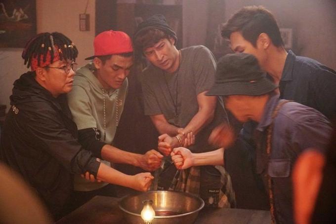 Bộ ba Mạc Văn Khoa, Hoàng Mèo và Huy Khánh (từ trái qua) là những cây hài chủ đạo của phim.