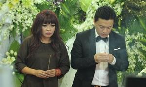 Phương Thanh, Lam Trường đến tiễn biệt Anh Vũ lúc nửa đêm