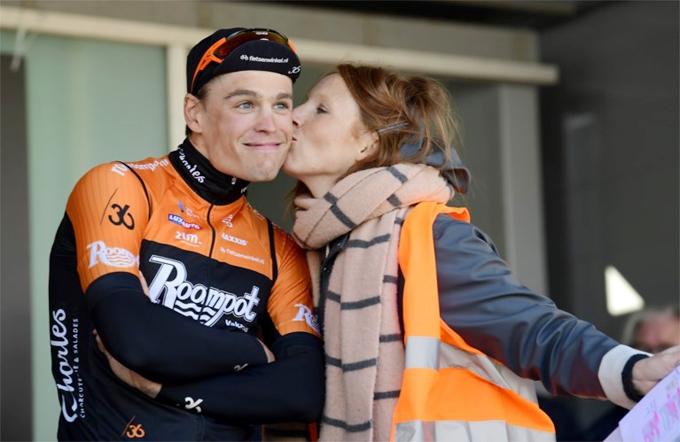 Stijn Steels và Linde Merckpoel tái ngộ tại chặng đua ở Terneuzen sau đó