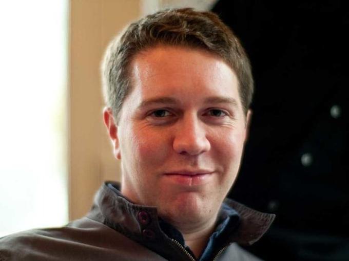 2. Garrett Camp (4,9 tỷ USD): Camp là cha đẻ Uber. Ông ban đầu tạo raứng dụng gọi xe Limousine đen vàkhiến người bạn Kalanick thích thú. Kalanick rót tiền, cùngstartup và sau cùng trở thành CEO thứ hai. Camp là thành viên HĐQT và đôi khi giữ vai trò chủ tịch, nhưng là cổ đông cá nhân lớn thứ hai. Ông có 82 triệu CP, hay 6% công ty, qua đó có thể đạt tài sản 4,9 tỷ USD sắp tới. Ảnh: Flickr/Joi.