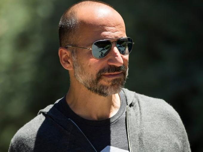 Dara Khosrowshahi (12 triệu USD):Tiếp quản chứcCEO Uber hai năm trước,Khosrowshahi đương đầunhiệm vụ đưaUber ra khỏi khủng hoảng văn hóa và sắp xếp IPO. Trọng tâm dưới thời ông cai quảnlà biến Uberthành công ty đại chúng. Business Insider cho biết, vị CEO đang chịu áp lựcIPO trị giá tới 120 tỷ USD. Cá nhânKhosrowshahi có 196.000 CP, có thể hưởng gần 12 triệu USD. Ảnh: Drew Angerer.