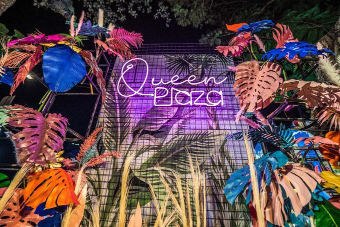 Queen Plaza là chuỗi nhà hàng tiệc cưới sang trọng thuộc sở hữu của Công ty Cổ phần TMDV Hoàng Hải. Đến nay, chuỗi nhà hàng này từng bước khẳng định được vị thế và tầm ảnh hưởng nhất định của mình trong ngành dịch vụ cưới Việt Nam. Trong Ngày hội du lịch năm nay, Queen Plaza mang đến những dịch vụ và chính sách ưu đãi lớn, dành tặng cho các khách hàng may mắn khi đến trải nghiệm.