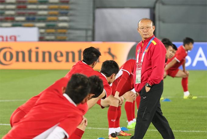 HLV Park Hang-seo là người góp công lớn nâng tầm bóng đá Việt Nam trong gần hai năm qua.