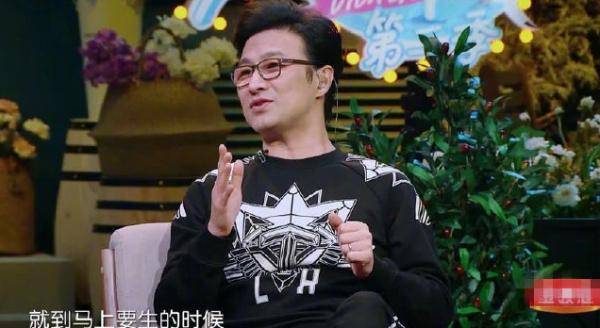 Góp mặt trong chương trình, Uông Phong lần đầu kể chuyện đồng hành vượt cạn với vợ. Anh kể có lúc gọi mãi không thấy y tá đâu, anh phải tự mình làm những công việc như một nữ hộ sinh, và vì thế, anh có những phút giây đáng nhớ.