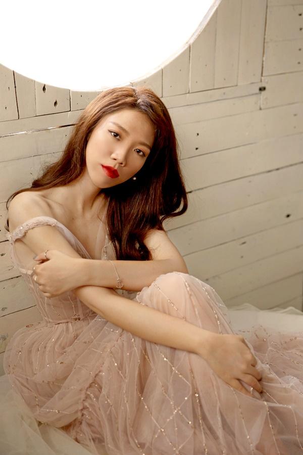Năm 2019, Luk Vân dự định cho ra mắt dự án phim điện ảnh 'Thật tuyệt vời khi ở bên em' do Harry Lu, Oanh Kiều, B Trần tham gia diễn xuất. Ngoài ra, cô còn úp mở về việc cho ra đời bộ phim thứ hai liên tiếp trong năm nay do chính cô đạo diễn và đầu tư sản xuất.