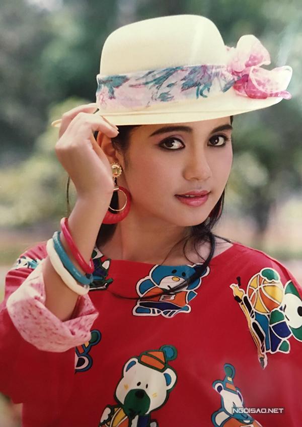 Vua ảnh lịch tiết lộ ảnh Việt Trinh thập niên 90 - 5