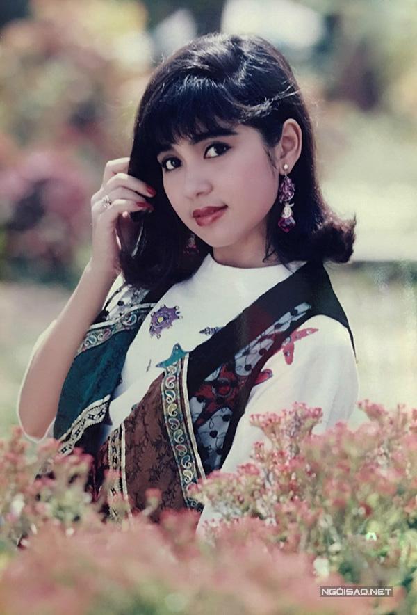 Vua ảnh lịch tiết lộ ảnh Việt Trinh thập niên 90 - 8