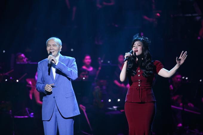Tiết mục đặc biệt của show diễn là sự xuất hiện bất ngờ của nhạc sĩ Vũ Thành An ở vai trò ca sĩ. Ông hát đệm cho học trò từ sau cánh gà trong bài hát Đời đá vàng. Ở tuổi 76, giọng hát của ông vẫn rất lãng tử, bay bổng.