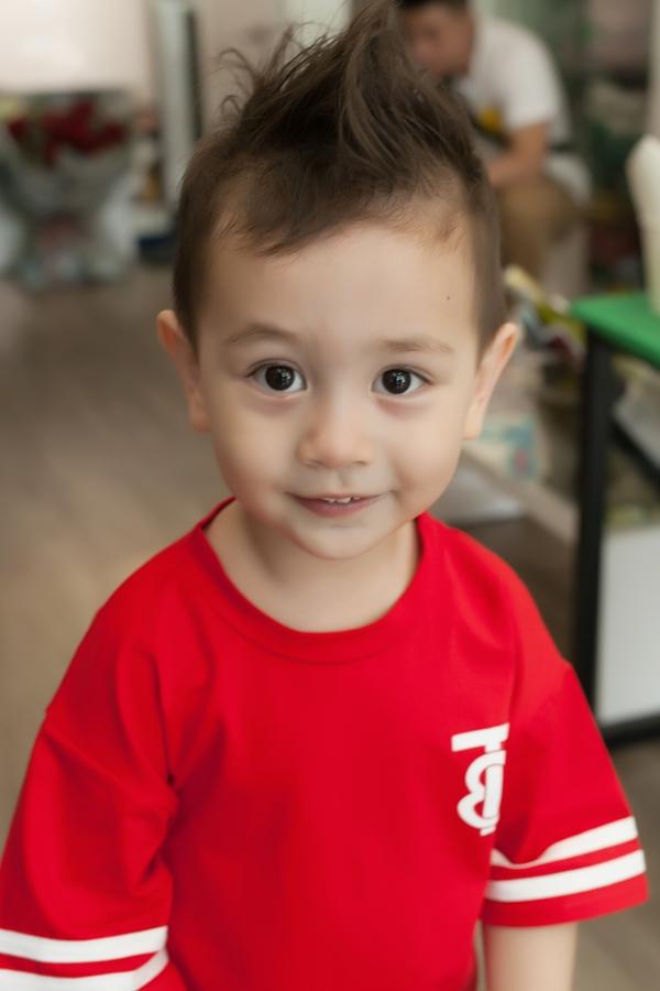 Vẻ đáng yêu của bé Alex - con trai Thảo Trang.