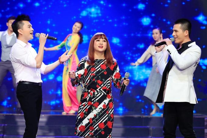 MC Quỳnh Hương khóc chia tay Thay lời muốn nói - 12