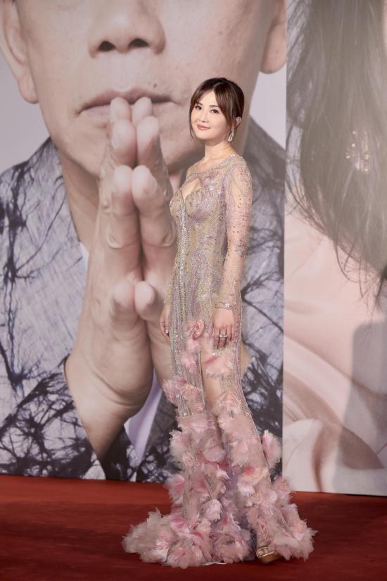 Song Hye Kyo nhan sắc lép vế giữa dàn sao Trung Quốc sexy - 4