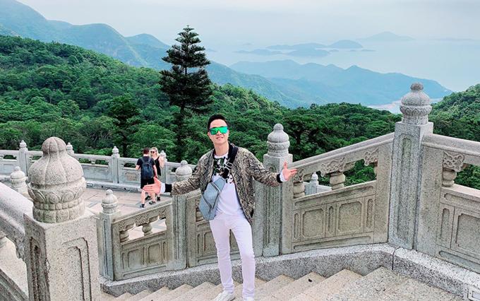 Nhật Tinh Anh ấn tượng với thiên nhiên trong lành, phong cảnh hùng vĩ ở Hong Kong.