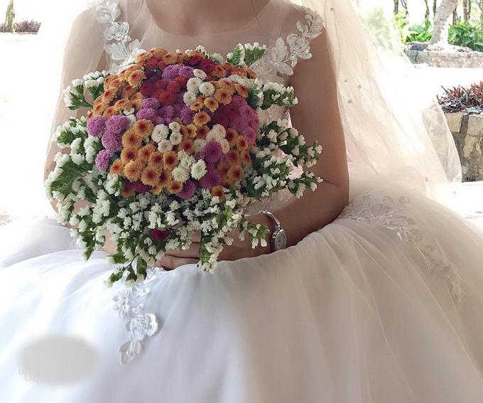Ho chụp ảnh cưới rực rỡ sắc màu củ Mỹ Ging.