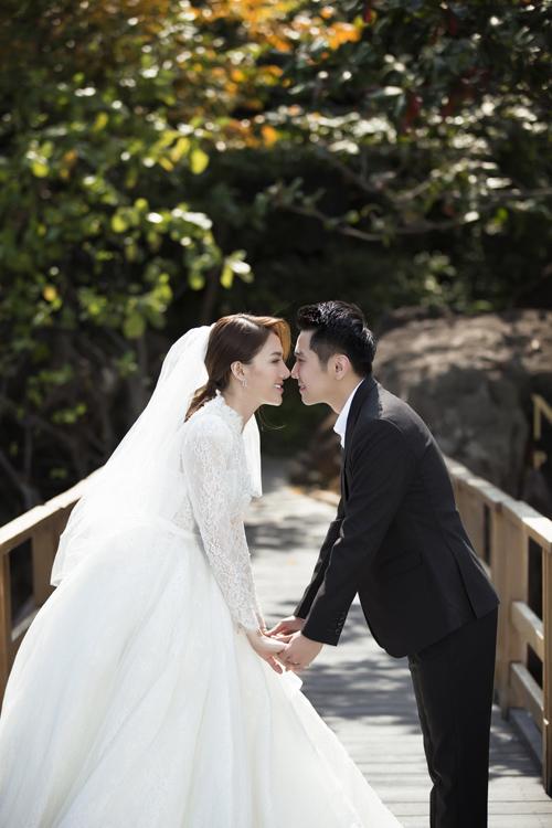 Uyên ương hiệntất bật chuẩn bị cho đám cưới sẽ diễn r vào ngày 30/4 tại Gi Li.