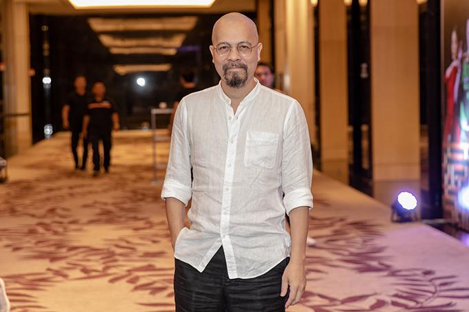 Nhà thiết kế Đức Hùng cũng đảm nhận một vai nhỏ trong phim. Ngoài ra, Mê cung còn có sự tham gia của NSƯT Nguyễn Hải, diễn viênAnh Đức, Phan Thắng, Thu Hoài...