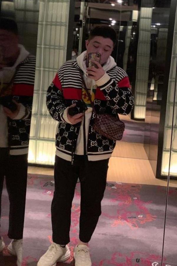 Cậu quý tuqr Ding Chen thường xuyên khoe các món đồ hiệu trên Instagram. Ảnh:SCMP.