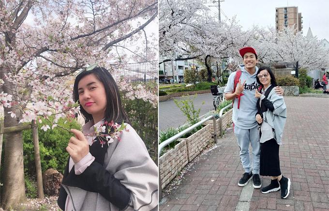 Kiều Minh Tuấn - Cát Phượng tranh thủ chuyến công tác Nhật Bản để dành cho nhau khoảng trời riêng trong mùa hoa anh đào. Cô chia sẻ: Rất nhiều lần muốn đi du lịch Nhật nhưng hễ nghĩ đến chuyện đi Nhật là công việc ập tới. Hai năm nay vẫn chưa thực hiện được.  Bỗng một ngày có lời mời qua Osaka để diễn cho chương trình lễ hội Uống nước nhớ nguồn ngày giỗ Tổ Hùng Vương do hội sinh viên cùng những người Việt sống và làm việc lâu năm tại Nhật tổ chức, để các bạn trẻ Việt Nam sống tại Nhật cũng như du học vẫn nhớ về cội nguồn.  Thế là Cát Kiều nhận lời tham gia ngay. Lần đầu tiên qua Nhật mà qua vào tháng này, hoa anh đào nở rộ đầy đường đẹp hết biết nói. Lần đầu tiên Cát tui thấy luôn á. Tui quê mùa ghê chưa. Ngoài ngắm hoa, cặp đôi còn được bạn bè ở Nhật giới thiệu tới chùa Đại Đông Tự và công viên hoa nổi tiếng tại Osaka.