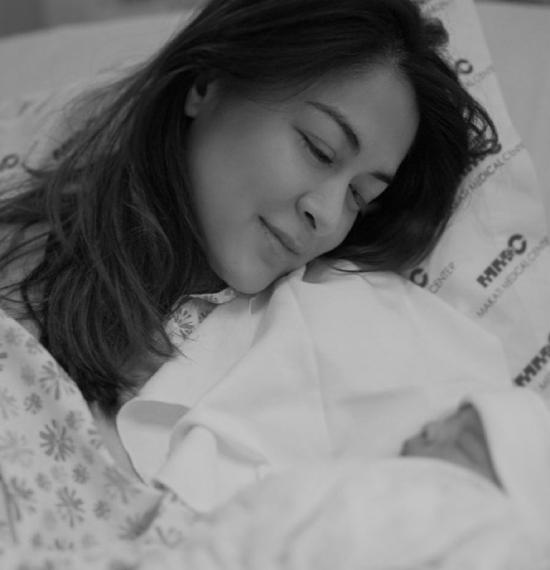 Marian Rivera đón con trai chào đời.