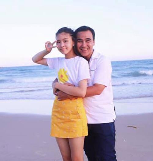 Cô bé cao hơn cả MC Quyền Linh.