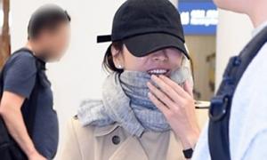 Song Hye Kyo che chắn kín mít về Hàn Quốc