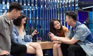 Thử thách 'dịch chuyển tức thời' tại Samsung Showcase thu hút giới trẻ